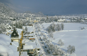 Interlaken\'s Hoeheweg - shopping promenade with great views of the Jungfrau mountain range