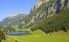 The Appenzellerland with its gently rolling green hills, flowery meadows and rugged mountains is a hiking paradise